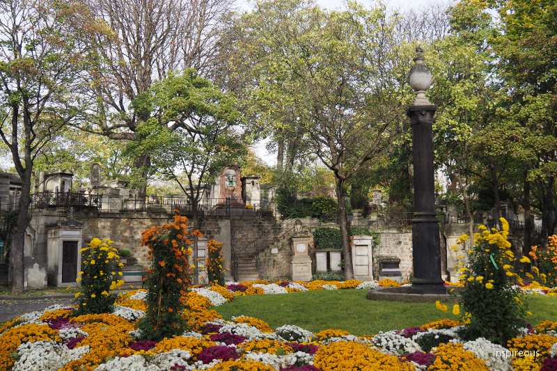 entrance of the cemetry of Montmartre